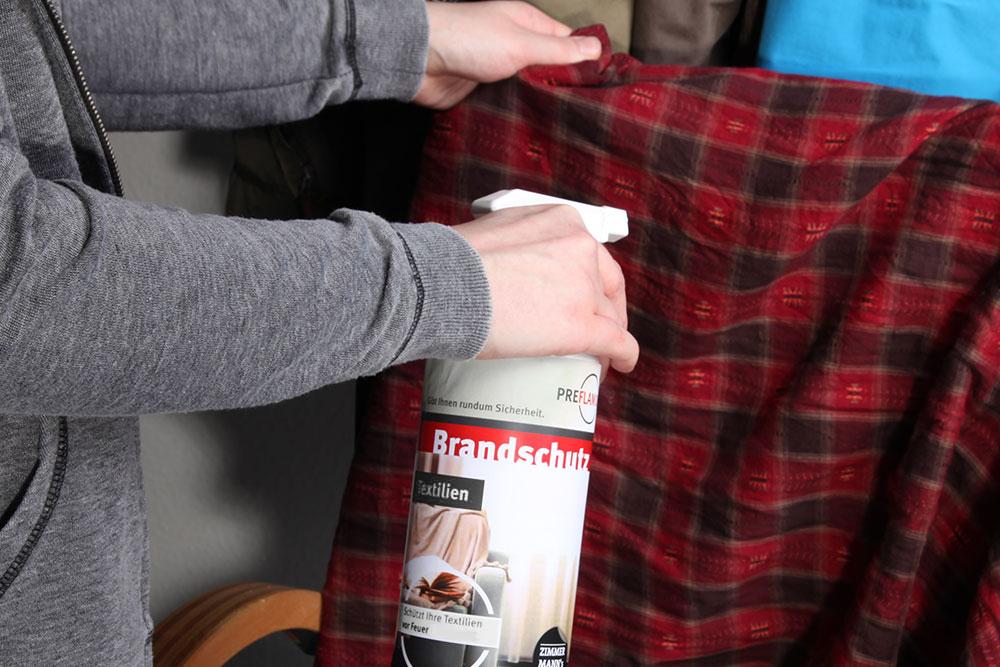 preflamo-brandschutz-kleidung-einspruehen